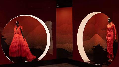 """""""克里斯汀·迪奥:梦之设计师""""展览登陆成都,TF新香复刻咖啡香气丨是日美好事物"""