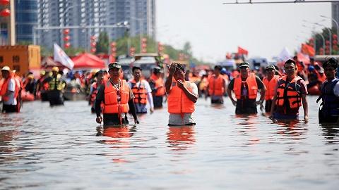 直通部委 | 今年洪灾已致146人死亡失踪 民政部上半年关停43家非法社会组织网站