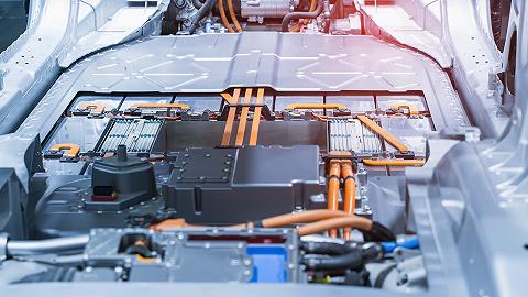宁德时代再度掀起钠锂技术路线之争,谁会成为下一代电池技术的领跑者?