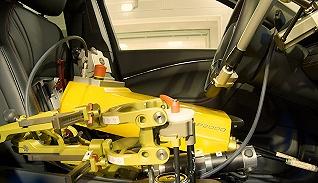 """福特""""招募""""了兩名機器人試車員,以取代人類在極端環境下測試車輛"""
