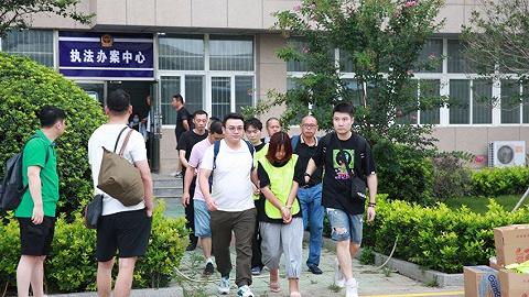 网贷1万还款147万!上海警方公布23个非法网络贷款平台