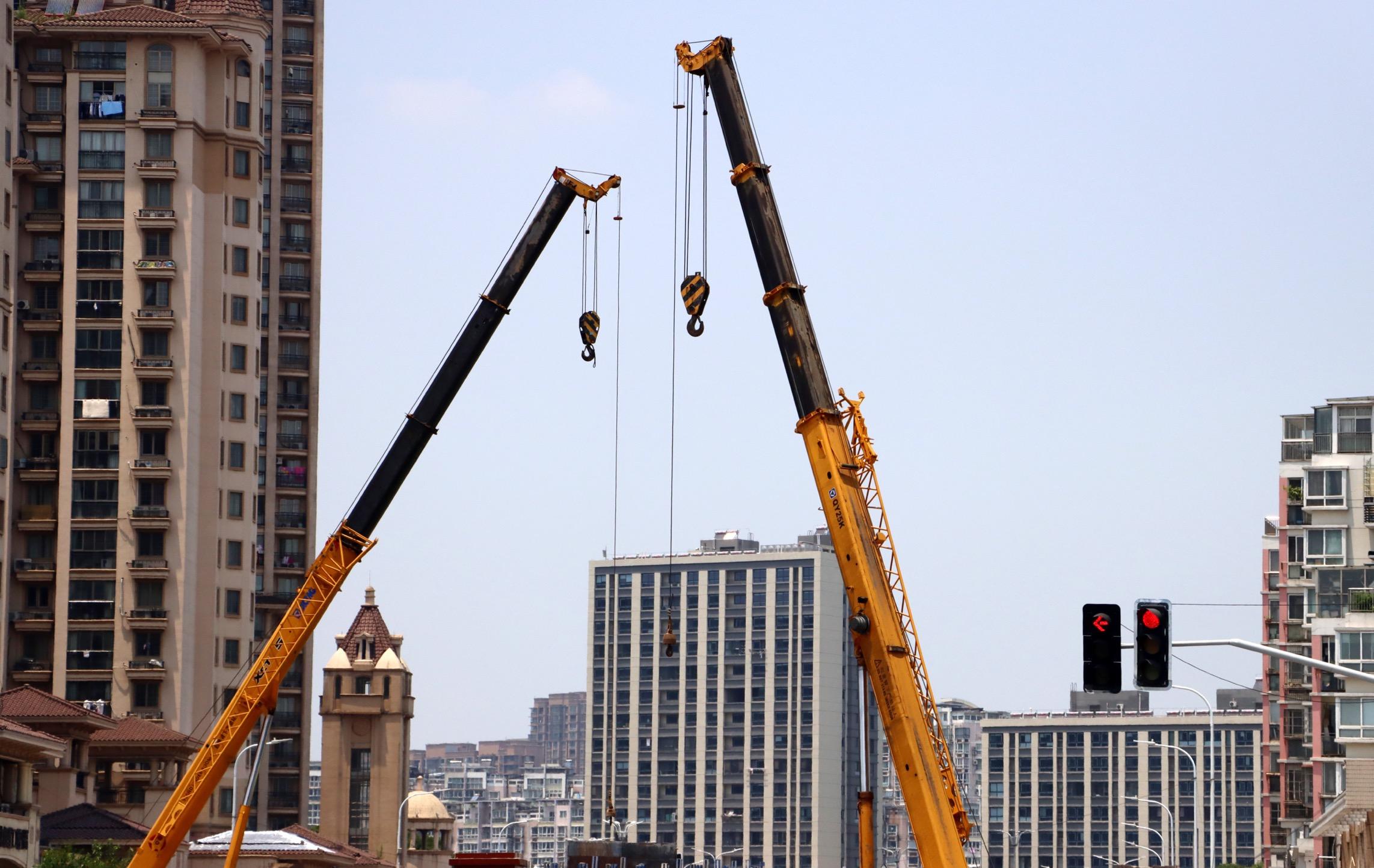 摩登5官网8月财政支出偏向基建,楼市降温影响房地产相关税收