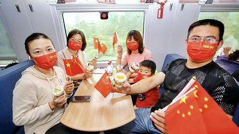 长三角铁路国庆小长假客流启动,今日预计发送旅客265万人次