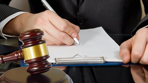 【特写】上海法援律师:4.6万个案件、69万个电话背后的辛酸苦辣