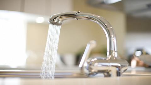 供水价格新规施行,水务板块近九成股票上涨