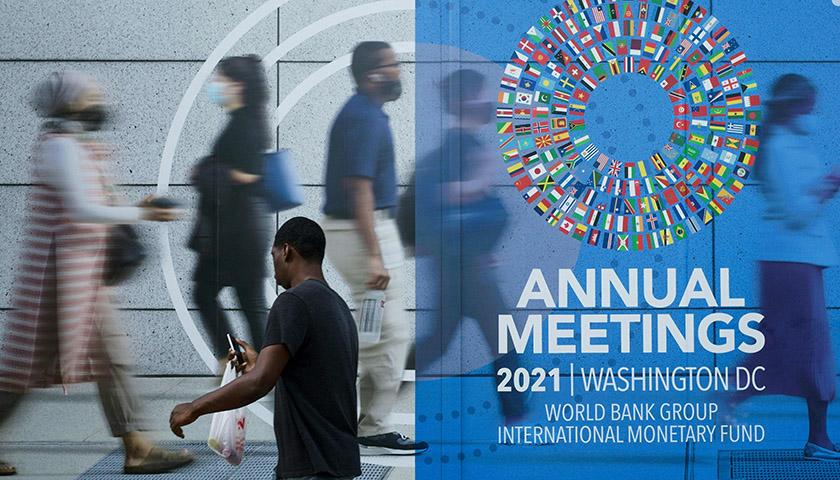 华信娱乐官网IMF下调全球经济增速预期,预计中国GDP今年增长8%