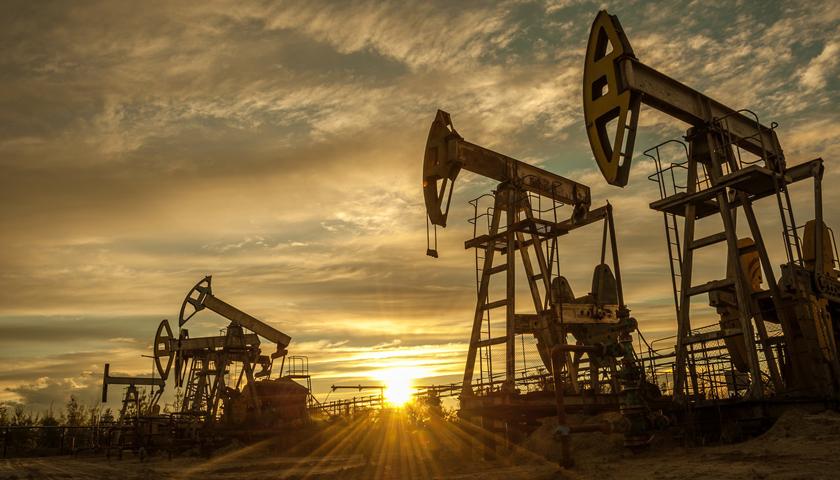 欧亿3首页原油剑指100美元/桶,对冲基金疯狂投机买涨