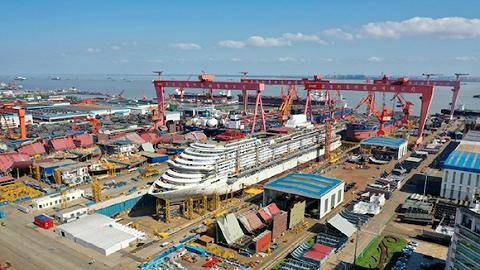 中国首制大型邮轮实现全船贯通,总建造进度完成近半