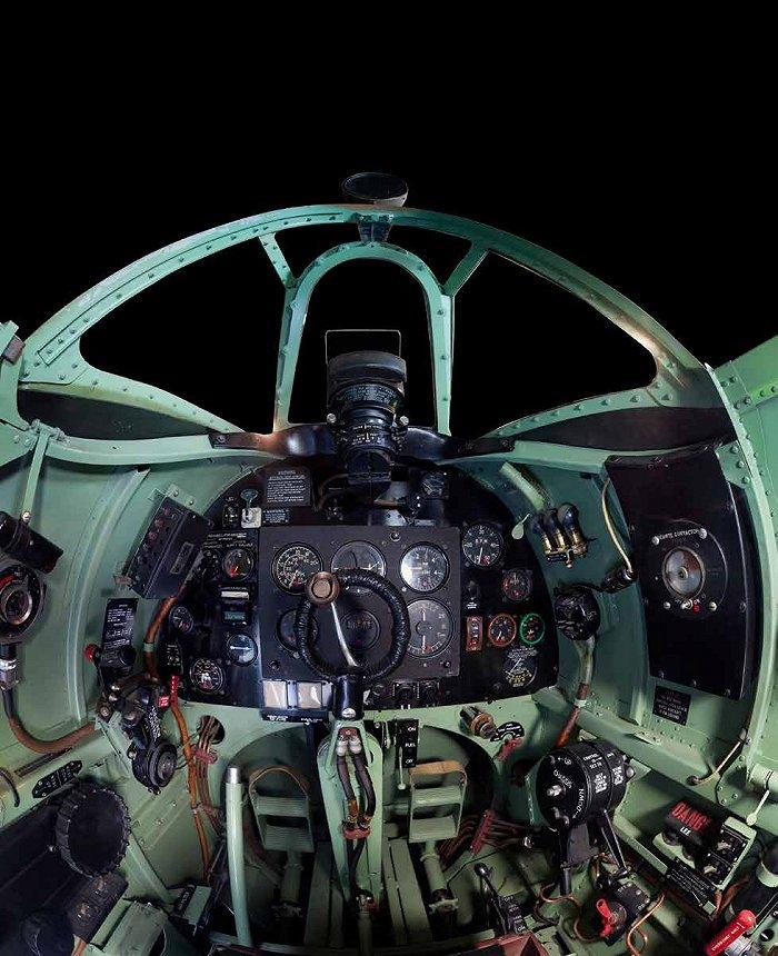新二战鹰击长空_看看这些曾经鹰击长空的经典战机驾驶舱|界面新闻 · 天下