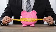 银行理财收益连降17个月,净值型产品单月发行量破千