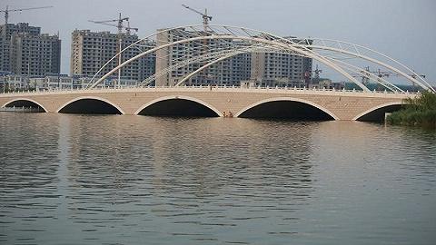 广州197条黑臭河涌均要设河湖警长