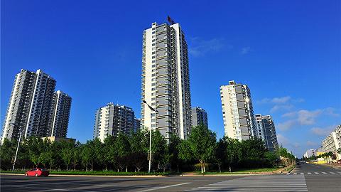 易居房地产研究院:下半年全国楼市略现供大于求,华北与中部压力较大