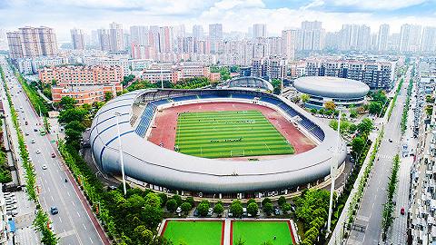 """体育设施不断完善,简阳""""健身圈""""已基本形成"""