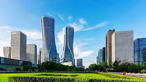 杭州集中供地首日揽金717亿,融信、融创、滨江成大赢家?