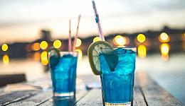 """让人爱恨交织的""""蓝色食品"""",居然是下一片""""蓝海""""的创造者?"""