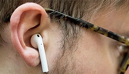 AirPods成助听器和测温计?苹果的运动健康版图里,不只有手表